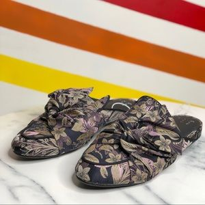 NEW A new day tapestry floral bow mules